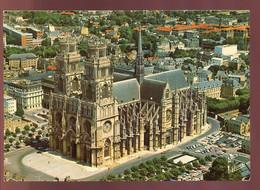 CPM 45 ORLEANS Vue Aérienne De La Cathédrale Sainte Croix - Orleans