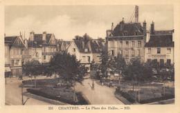 Chartres - La Place Des Halles - Chartres