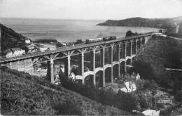 Photo Cpsm 22 BREHEC. Le Viaduc Avec Train - Otros Municipios