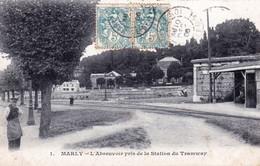 78 - Yvelines -  MARLY Le ROI -  L Abreuvoir Pris De La Station Du Tramway - Marly Le Roi