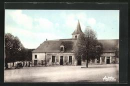 CPA Courson-les-Carriéres, Place De La Halle - Zonder Classificatie