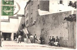FR66 PRATS DE MOLLO - Fau 10 - La Cour De La Caserne Du Dépôt Des Convalescents - Animée - Belle - Andere Gemeenten
