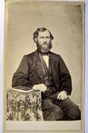 Photographie CDV USA - Portrait Homme Assis -  Barbu - Circa 1865 - Springfield, Mass.   BE - Alte (vor 1900)