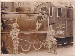RUSSIA #5716 PHOTO. LOCOMOTIVE. CHILDREN. A TRAIN. - Otros