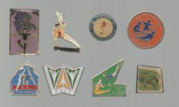 PINS PIN'S SPORTS 853 GYMNASTIQUE GYM MARSEILLEVEYRE LA PALAISIENNE LOURDES PONTARLIER CHERBOURG TOULOUSE LOT 8 PINS - Ginnastica