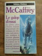 Anne McCaffrey - Le Vol De Pégase T.1 : Le Galop D'essai / Presses Pocket, 1992 - Presses Pocket