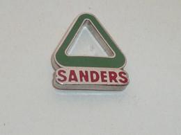 Pin's ALIMENTS SANDERS - Food