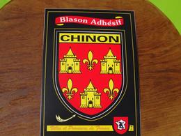 Blason écusson Adhésif Autocollant Chinon Aufkleber Wappen Sticker Coat Arms Adesivi Stemma Adhesivo Escudo - Oggetti 'Ricordo Di'