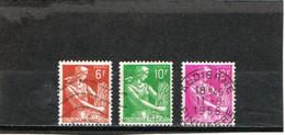 FRANCE    1957-59  Y.T. N° 1115  1115A  1116  Oblitéré - 1957-59 Mietitrice