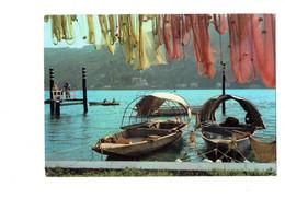 Cpm Italia - ITALIE - Lac Majeur - ISOLA PESCATORI - Bateau Animation Homme Appareil Photo Ou Caméra - Como