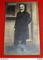 S.A.I.  Monseigneur  Le Prince Victor Napoléon - Familias Reales