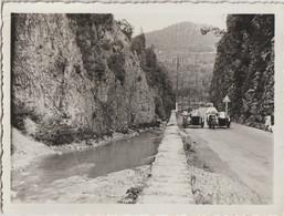 Photo Moto Ancienne Marque à Déterminer Deux Side-cars  Dans Les Gorges De La Dranse (74) Près De Thonon 1934 - Automobili
