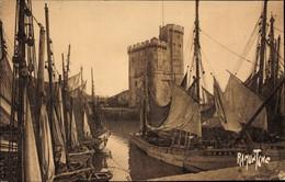 CPA La Rochelle Charente Maritime, Le Port - Other Municipalities