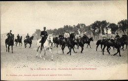 CPA Saumur Maine Et Loire, Exercieres Du Sabre Sur Le Chardonnet - Autres Communes