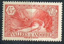 ANDORRE ( POSTE ) : Y&T N°  34  TIMBRE  NEUF  AVEC  TRACE  DE  CHARNIERE , A  SAISIR . - Neufs
