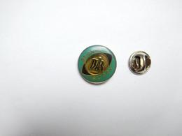 Beau Pin's Pins , Rugby , BAR De Brionne , Eure - Rugby