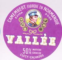 ÉTIQUETTE DE FROMAGE -  CAMEMBERT   VALLÉE - 50% CLÉCY - Cheese