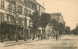 VINCENNES La Rue  De Fontenay Vers La Mairie - Vincennes
