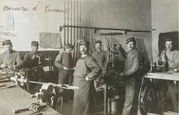 VINCENNES L'Armurerie Militaire - CARTE PHOTO - Vincennes