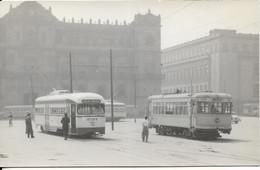 MEXIQUE - TRANSPORTS : Deux Générations De Tramways électriques à Mexico En 1956. CPSM - Photo Véritable. Très Rare. - Mexique