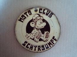 Schtroumpfs / Rare Médaille De Moto-club - Smurfs