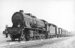 070721 - TRANSPORT CHEMIN DE FER TRAIN LOCO - PHOTO CLICHE J RENAUD - Train 150E142 - Treinen