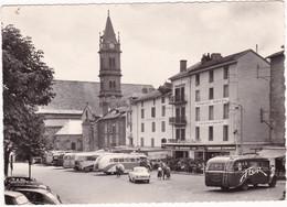 Cantal : AURILLAC : église Notre Dame Des Neiges Et Place Des Autobus : Automobiles Et Cars à Identifier : Grand Format - Aurillac