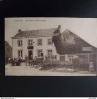Plainevaux Café Materne Entrée Du Village +plusieurs Personnes En Terrasse - Neupré