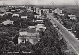 CARTOLINA  LIDO DEGLI ESTENSI,FERRARA,EMILIA ROMAGNA,PANORAMA,SPIAGGIA,MARE,SOLE,LUNGOMARE,BAGNI,LIDO,VIAGGIATA 1960 - Ferrara