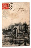 Carte Postale Ancienne - Circulé - Dép. 94 - CHAMPIGNY  - Inondations De 1910, Cyclistes Sur La Passerelle Du Marché - Champigny Sur Marne