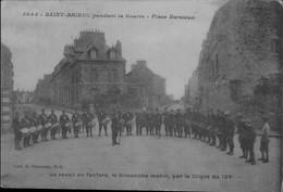 22 St Brieuc - Pendant La Guerre Place Nation Le Réveil En Fanfare Le Dimanche Par La Clique Du 154ème - Altri Comuni