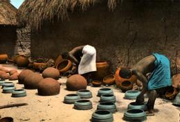 CPSM - DAHOMEY - ARTISANS POTIERS ... - Edition Photo-Véritable - Dahomey