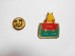 Beau Pin's Pins , Ecole Paul Arène , Aix En Provence ?? Draguignan ?? - Cities