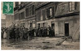 02 CHAUNY - Inondations Du 1er Lars 1910 - Le Faubourg De Soissons - Chauny