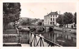 ESSOYES - Le Pont Rue Victor Hugo - Boulangerie - Essoyes