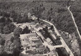 SAUCOURT (Haute-Marne): Vue Aérienne Sur Une Partie Du Village - Altri Comuni