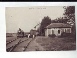 41  12A   CPA  Pibrac La Gare Avec Le Train Et Les Passagers (1pli) - Otros Municipios