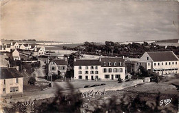 CPA BRETAGNE FINISTERE PENTREZ PLAGE LES HOTELS 3 DOS DIVISE ECRIT INSTALLATION ANTI CHARS - Otros Municipios