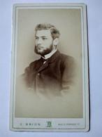 Photographie CDV  Portrait  Homme Rouflaquettes Et Moustache - 1870 -  Par Camille Brion, Marseille  TBE - Alte (vor 1900)