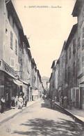 83 - SAINT MAXIMIN : Grande Rue ( Commerces Coiffeur Charcuterie ...) CPA - Var - Altri Comuni