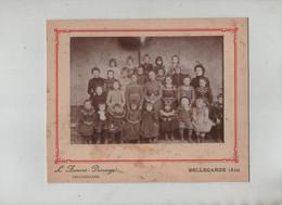 Bellegarde Ecole De Filles à Identifier Photographe Aumont Dussauge - Non Classés