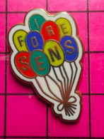715E Pin's Pins / Beau Et Rare / THEME : VILLES / BALLONS BAUDRUCHE FOIRE DE SENS Tirage Numéroté 3353 Par DELSART - Trademarks
