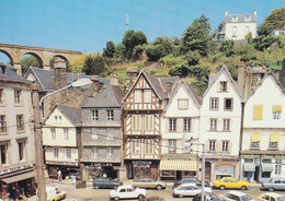 29 Morlaix Vieilles Maison à Colombages De La Place De Viarmes Avec Automobiles Renault Peugeot Citroën (Carte Vierge) - Morlaix