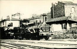 100721 - TRANSPORT CHEMIN DE FER TRAIN LOCO - PHOTO 42 RIVE DE GIER PLM 470 Gare ? - Rive De Gier