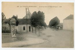 ( 72 ) La Ferté-bernard .avenue De La République, Publicité élection Municipale De L'époque ( Voir En Gros Plan ) - La Ferte Bernard