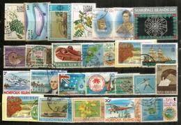 Timbres Des ILES (Turks & Caicos,Coco Keeling,Marshall,Trinidad & Tobago,Norfolk,Belize,New-Hebrides,Maldives,etc) # 1 - Alla Rinfusa (max 999 Francobolli)