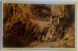 06 Lantosque (Alpes Maritimes) Arrivée De La Procession De La Grotte De Notre Dame De La Balme - Lantosque