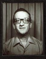 Photo Originale - Photobooth - Photo Identité - Photomaton  - Homme Avec Des Lunettes - Voir Scan - Persone Anonimi