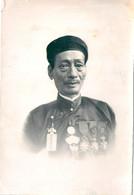 Photo Originale Dignitaire Décoré Chine Asie Vietnam - Oorlog, Militair