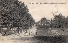 S5410 Cpa 19 Pompadour - Place Du Petit Marché - Otros Municipios